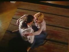 Tiina Lymi in Akvaariorakkaus (1993) tube porn video