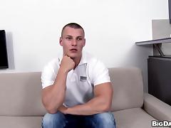 Young buffed gay guy performs flawlessly in this hot casting video tube porn video