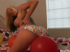 Trisha Storm enjoys rubbing her cooch with balloons tube porn video