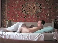 Quick immature shag on the bed tube porn video