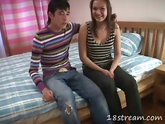 Teen cutie and her boyfriend kissing and fucking at home tube porn video