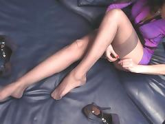 On bed with rht nylon stockings tube porn video