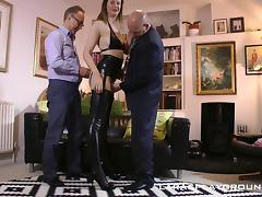 Tall British babe in sexy latex boots enjoys two dicks tube porn video