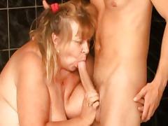 Oma - Alt-Versaut-Fickgierig tube porn video