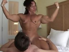 Aggressive Muscle Babe Sits on His Face tube porn video