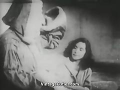 Santa Claus Always Knows what Girl Wants (1940s Vintage) tube porn video