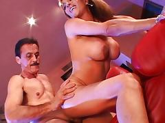 Horny mom cum drenched by hard meat tube porn video