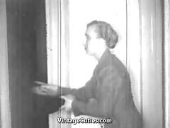 Cool Bang and Oral Sex Before Bedtime (1930s Vintage) tube porn video