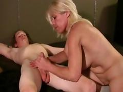 Milf Giving Sex Lessons tube porn video