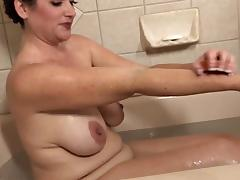 Ryan in bath tube porn video