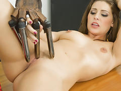 Gracie Glam in Gracie Plays With A Dong Fingered Glove tube porn video
