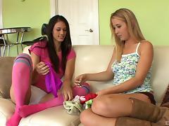 Brunette in knee socks seduces a slender blonde lesbian girl tube porn video
