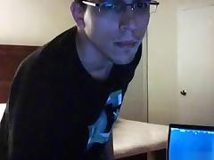 Nerd sets up a cam and gets a handjob from a girl tube porn video