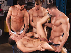 Body Shop XXX Video: Erik Rhodes, Landon Conrad, Marc Dylan, Trenton Ducati tube porn video
