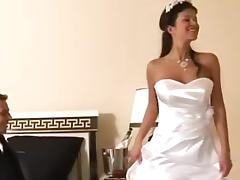 Bride gets fucked in her beautiful white wedding dress tube porn video