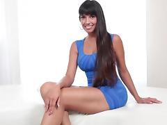 Tall long legged girl Paola tube porn video