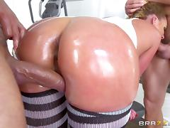 Oiled bimbo slut Phoenix Marie double penetrated hard tube porn video