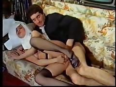 Le Diable Entre les Cuisses (1985) tube porn video