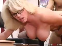 Hot Mature Secretary seducing younger boss tube porn video