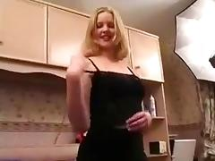 Amateur hannah harper spreading her pussy tube porn video