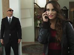 Fuck me, my bodyguard tube porn video