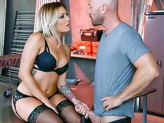 Johnny Sins, Kissa Sins in The Garage - DigitalPlayground tube porn video