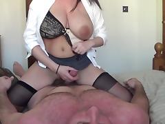 Pregnant kelly hart riding and lactating tube porn video