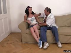 Father in law fucks sons's brunette gf tube porn video