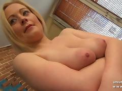 Gorgeous amateur french mom hard analyzed with ass to mouth tube porn video
