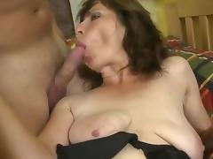 granny saggy tube porn video