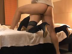 What happens behind the hoteldoor tube porn video