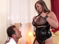 Curvy MILF goddess enjoys each second of the hardcore session tube porn video