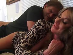 Experienced woman wants to be ravished by her horny lover tube porn video