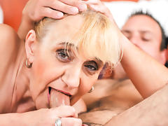Old granny asshole fucked tube porn video