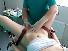 Girl's orgasm on the gynecological chair tube porn video