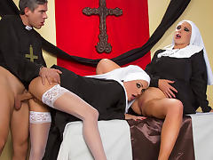 Jessica Jaymes - Mick fucks Jessica and Nikki in the church tube porn video