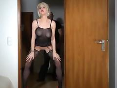 ANAL with German MILF ends up with a GOLDEN SHOWER tube porn video