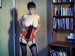 Peaches - vintage big tits dance strip stockings basque tube porn video