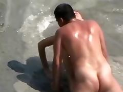 Couple has a quick sex near the water tube porn video