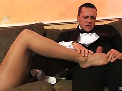Aletta Ocean is a classy chick who loves to feel cum on her feet tube porn video
