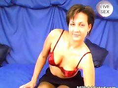 Brunette MILF in sexy lingerie teases tube porn video