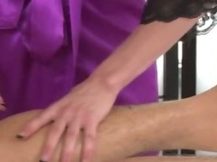 Massage babe greedily sucks lucky clients cock tube porn video