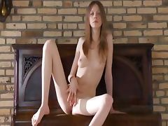 Talented 18yo slim chick tube porn video