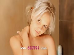 Shaving of beautiful 18yo blonde cunt tube porn video