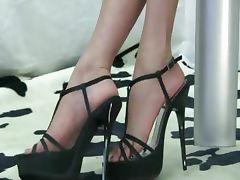Barefoot Black Shoe tube porn video