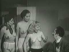3 Mature Ladies get Naked in Office 1940 tube porn video