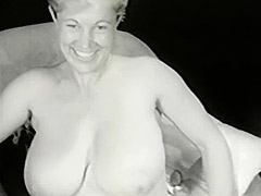 Gorgeous Busty Mom in White Corset 1950 tube porn video