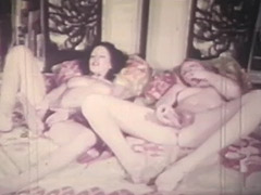 Two Girls Getting Orgasms the Lesbian Way 1970 tube porn video