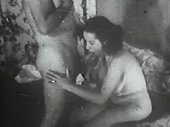 Wife Fucked by her Husband 1940 tube porn video