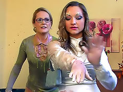 Marvelous satin women soaked tube porn video